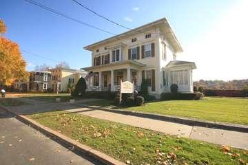 Lenz & Betz Funeral Home